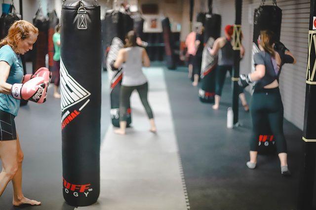 punching-bag-workout-memphis-fitness-kickboxing-bartlett